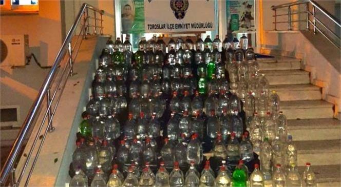 Mersin'de Bir Eve Yapılan Baskında 215 Adet 2,5 Litrelik Şişe İçinde Sahte Alkollü İçki Yakalandı