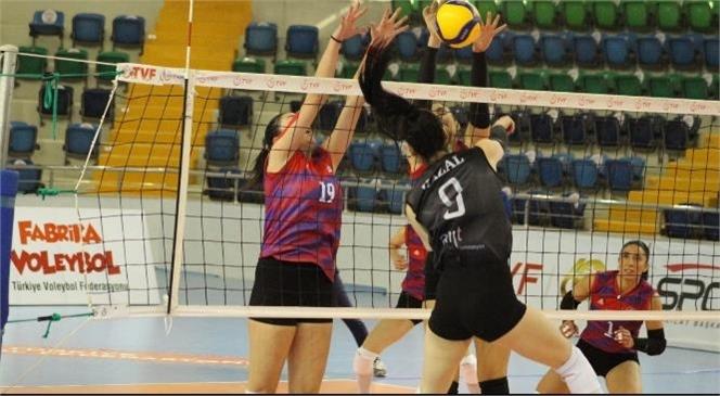 Mersin Büyükşehir Kadın Voleybol Takımı 21 Puanla Lig'de 2. Sıraya Yükseldi