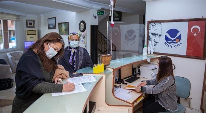Mersin Büyükşehir Belediye Başkanı Vahap Seçer'in Kentin Bir Eksiği Olarak Yorumladığı Refakatçi Evi Projesi Hayata Geçirildi