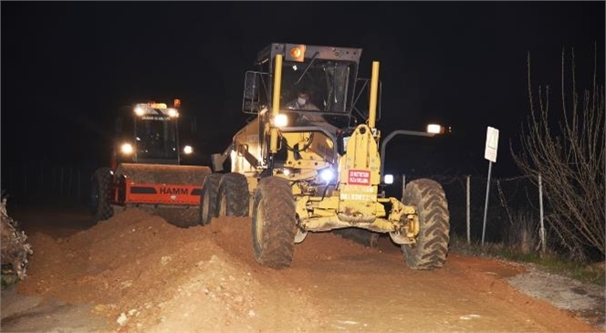 Gece Gündüz Çalışan Anamur Belediyesi Ekipleri 56 Mahalleye Hizmet Görütürüyor
