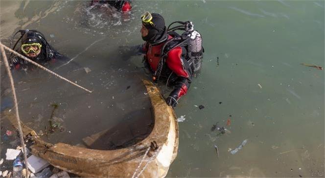 Mersinlilerin Her Fırsatta Övündüğü Denizden 2 Haftada 25 Metreküp Atık Çıktı