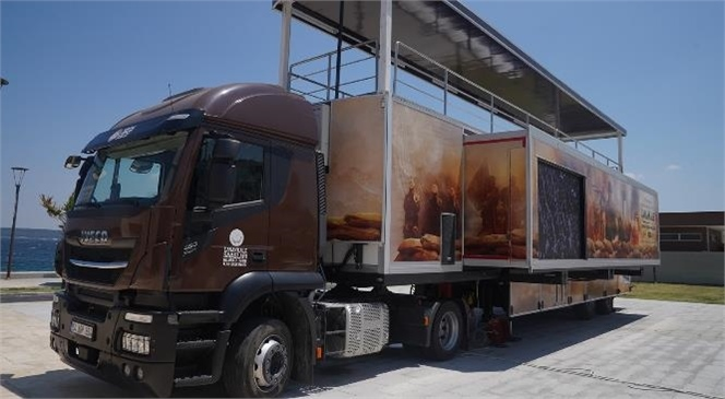 Çanakkale Savaşları Mobil Müzesi Mersin'de