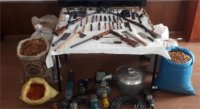 Mersin Anamur'daki Yaylalarda Meydana Gelen 23 Hırsızlık Olayı JASAT'ın Çalışması İle Aydınlatıldı ve 3 Hırsız Tutuklandı