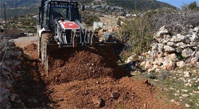 Gülnar Belediyesi Yol Yapım Çalışmalarına Aralıksız Devam Ediyor