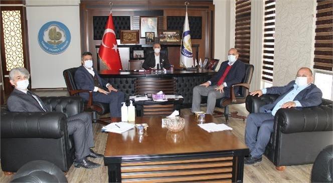"""Tarsus Ticaret Borsası Yönetim Kurulu Toplantısında """"Yeni Normalleşme"""" Görüşüldü"""