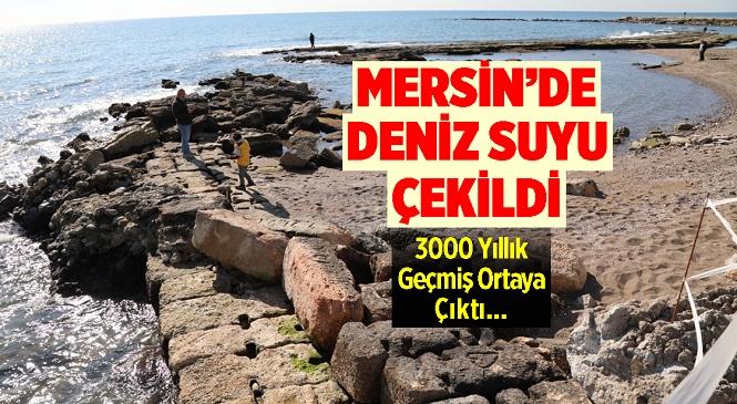 Mersin'in Mezitli İlçesindeki Soli Pompeiopolis Antik Kenti Civarında Deniz Suları Çekildi, 3000 Yıllık Tarihi Liman Ortaya Çıktı