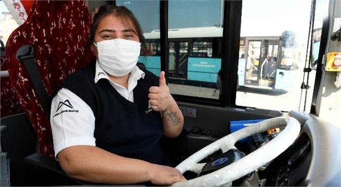 """Mersin'de Otobüs Şoförü Merve Sağ """"Yapamazsın"""" Denileni Yaptı"""