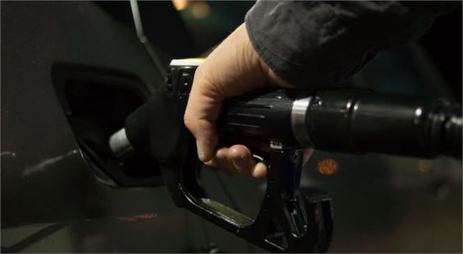 Motorin ve Benzine Zam Pompa Fiyatlarına Yansıyacak Mı?