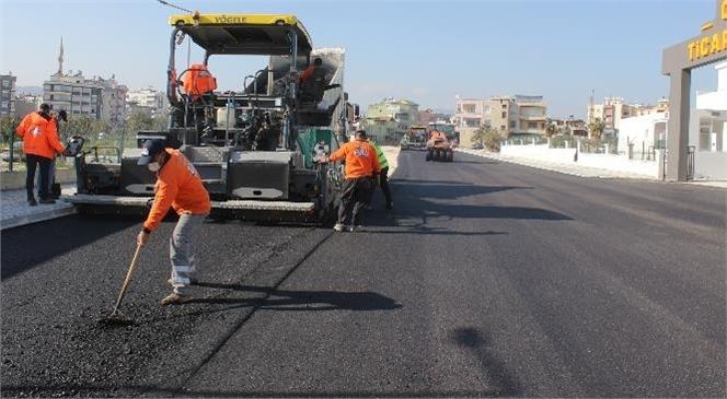 Büyükşehir'in Yol ve Asfalt Çalışmaları Tüm Hızıyla Sürüyor