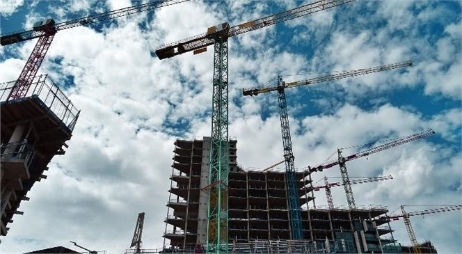 Güven Endeksi Hizmet, Perakende Ticaret ve İnşaat Sektörlerinde Düştü