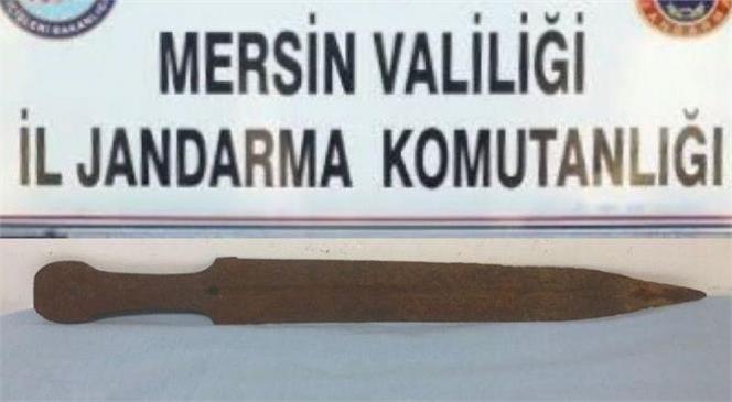 Mersin Tarsus'da Bir İş Yerine Yapılan Operasyonda Tarihi Eser Ele Geçirildi