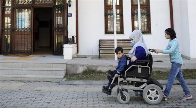 Evde Bakım Yardımı Ödemeleri Ramazan Bayramı'ndan Önce Gerçekleştirilecek