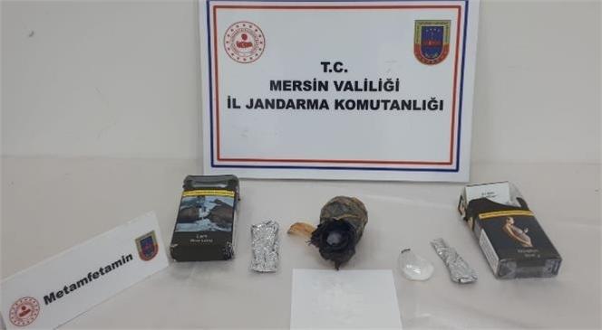 Mersin Tarsus'ta Bir Araçta Yapılan Aramada 50 Gr Uyuşturucu Maddesi Ele Geçirildi