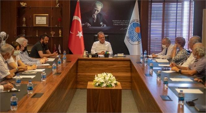 Başkan Seçer, Medeka'nın Kent Tarihi Araştırmaları Kurulu İle Bir Araya Geldi