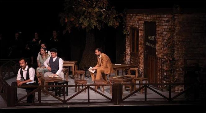 """""""Aslolan Hayattır"""" Müzikli Oyunu İle Turnesini Sürdüren Mersin Büyükşehir Belediyesi Şehir Tiyatrosu Tarsus Seyircisiyle Buluşuyor"""