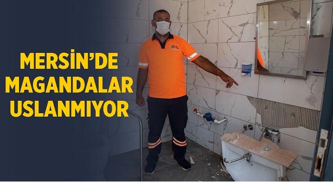 Mersin Büyükşehir Belediyesi'nin Vatandaşa Sunduğu Hizmete Vandal Saldırı! Engelliler İçin Yapılan Tuvaleti Parçaladılar