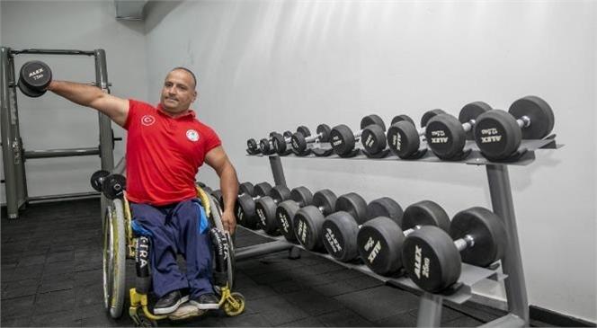 Engelleri Azimle Aşan Kenan Özkan Yarışmaların Müdavimi