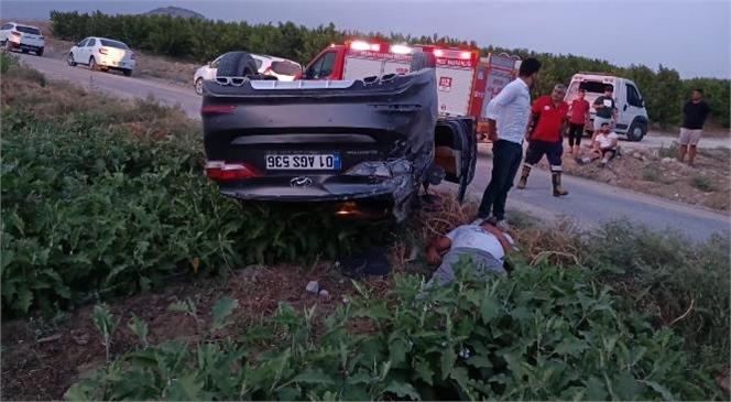 Tarsus'ta Kontrolden Çıkan Araç Takla Attı
