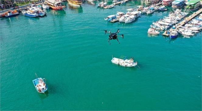 Mersin Büyükşehir Akdeniz'i Kirleten Yabancı Bandıralı Gemiye Mersin Büyükşehir Ceza Kesti