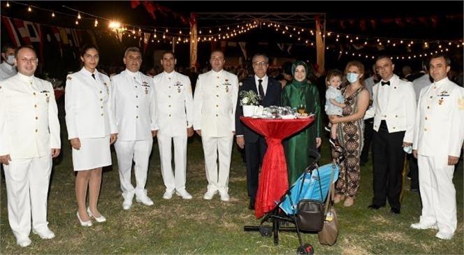 30 Ağustos Resepsiyonu Vali Ali İhsan Su ve Eşi Zeliha Su Hanımefendi'nin Ev Sahipliğinde Gerçekleştirildi