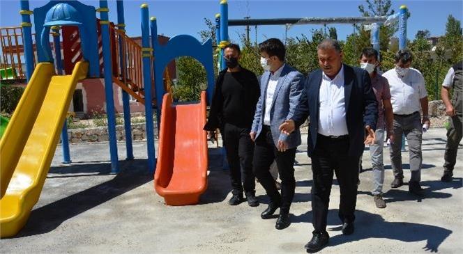 Gülnar Belediyesi Çocuklara Güvenli Yeni Oyun Alanları Oluşturmak ve Yetişkinlerin Spor Yapmaları İçin Yeni Parkların Yapımına Devam Ediyor
