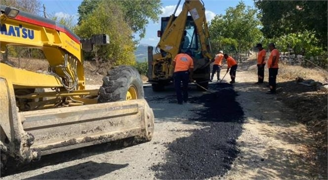 Mersin Büyükşehir Belediyesi, Sorumluluk Alanındaki Birçok Noktada Yol Islah, Sathi Asfalt ve Cadde Yenileme Faaliyetlerine Aralıksız Şekilde Devam Ediyor.