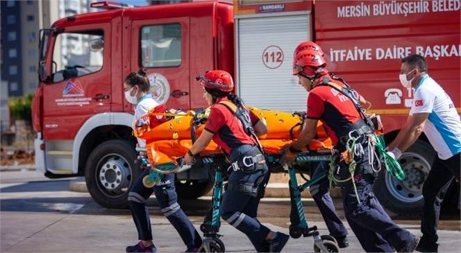 Mersin Büyükşehir'den Gerçeğini Aratmayan Yangın Tatbikatı