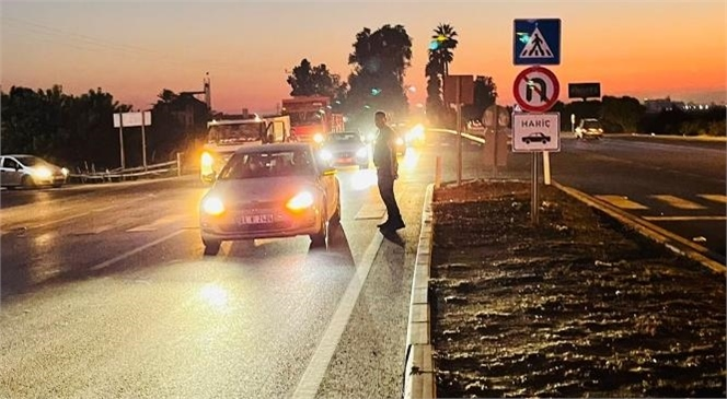 Mersin'de Yayaya Çarpan Araç Olay Yerinden Kaçtı