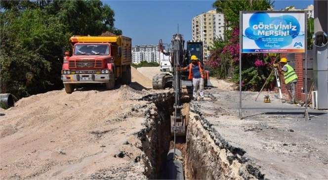 MESKİ, Mersin'e Daha Temiz Mahalleler Kazandırmaya Devam Ediyor