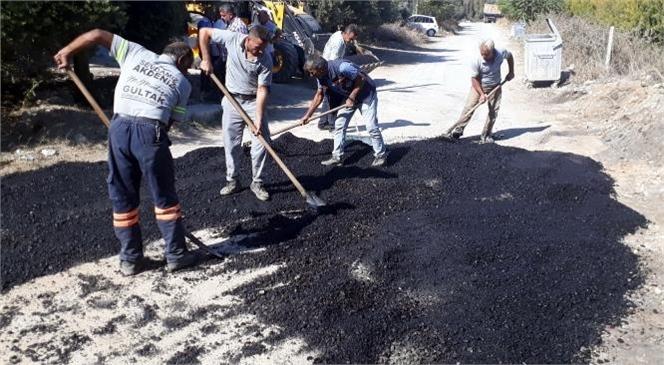 Akdeniz Belediyesi Fen İşleri Ekiplerinin Farklı Mahallelerdeki Hizmetleri Aralıksız Sürüyor