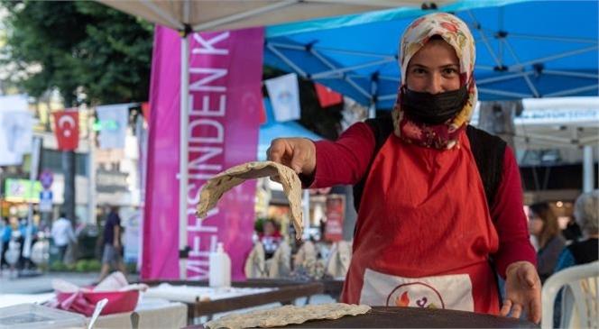 Kadın Kooperatifleri El Emeği Ürünleriyle Yoğurt Pazarı'nda